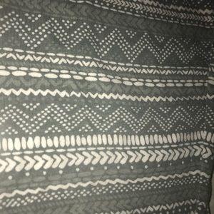 Grey pattern leggings size s